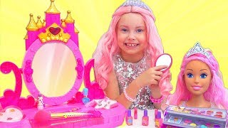 Download Video Alice Became a Barbie Doll and going to a Barbie Party MP3 3GP MP4