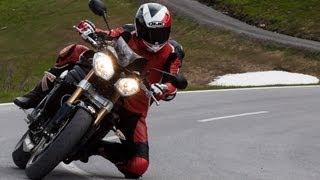 7. Triumph Speed Triple 1050 - Test in den Alpen