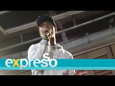 "Emtee Performs ""Pearl Thusi"""