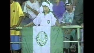 A goleada de 2003, quando o Palmeiras levou de 7 x 2 para o Vitória, em casa. com gols marcados por Nádson (4), Zé Roberto, Dudu Cearense e Marcelo Heleno.