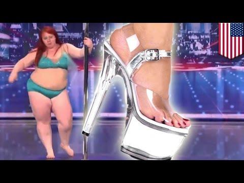 Atak szalonej striptizerki!
