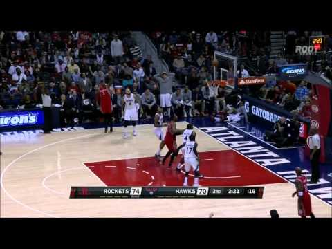 Hawks fans mock Josh Smith for missing a three... then it bounces in