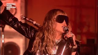 Miley Cyrus - Nothing Breaks Like a Heart (Live at Primavera Sound) HD