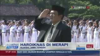 Diliputi Debu Merapi, Siswa Semangat Peringati Hardiknas - Kompas Petang 2 Mei 2014