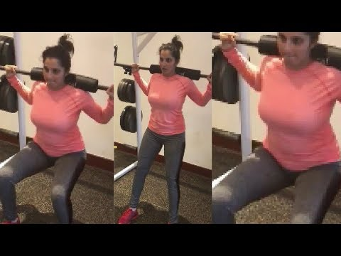 Video Sania Mirza Hot Tight Skinny Fit Gym Outfit Showing Her Hot BIG Boobs ... download in MP3, 3GP, MP4, WEBM, AVI, FLV January 2017