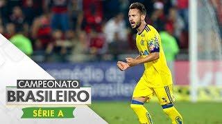 Com gols de Berrío e Everton Ribeiro, o Flamengo venceu o Coritiba e pulou momentaneamente para o terceiro lugar do...
