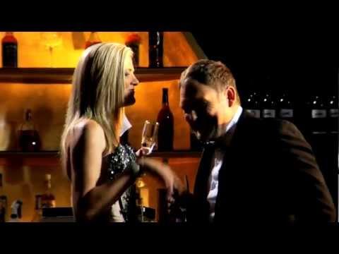 SORINA/FLOOZE – Bruce & Die Flooze (AMPTELIKE MUSIEK VIDEO met Steve Hofmeyr)