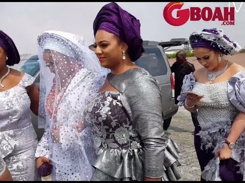 Oritsefemi's Wife, Nabila Arrives Her Traditional Wedding Like A Queen With Beautiful Bridal Trains