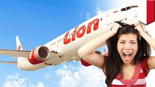 Video Wanita dalam pesawat Lion Air pakai pelampung buat panik seluruh penumpang - TomoNews MP3, 3GP, MP4, WEBM, AVI, FLV April 2019