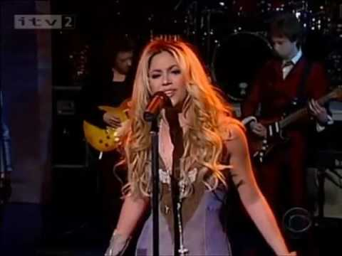 Shakira - Underneath Your Clothes (Live On Letterman 2002)