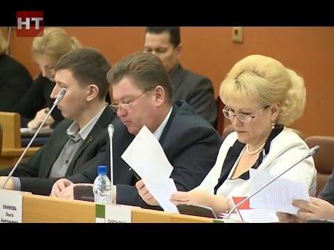 Мэр Юрий Бобрышев отчитался об итогах работы перед думой Великого Новгорода