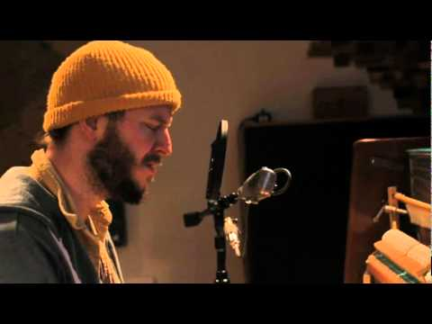 bon - Justin Vernon of Bon Iver performing a cover of I Can't Make You Love Me / Nick of Time in the studio. **No copyright intended**