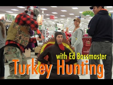 Thanksgiving Viral of the Day: Turkey Hunting Prank