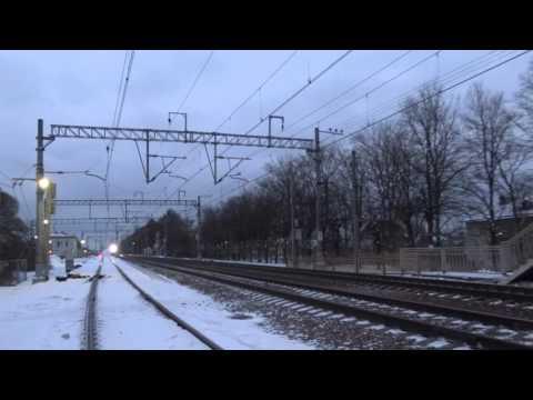 Электровоз ЭП20 на скорости 200 Км-ч