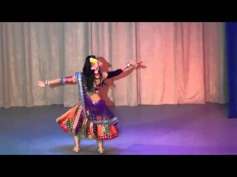 Chikni Chameli by Russian artist Marina (видео)