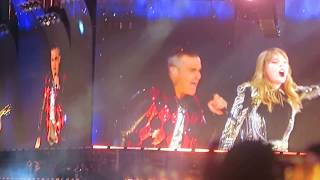 Taylor Swift & Robbie Williams - Loving Angels Instead LIVE {23/6/18}
