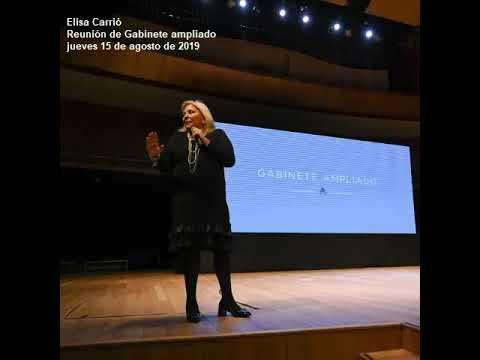 """Elisa Carrió, en la reunión de gabinete ampliado: """"Nos van a sacar muertos de Olivos"""""""