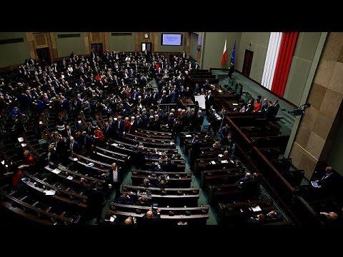 Πολωνία: Έληξε η κατάληψη του κοινοβουλίου