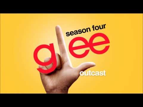 Tekst piosenki Glee Cast - Outcast po polsku