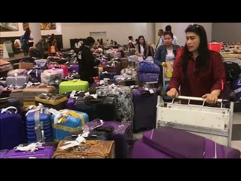 العرب اليوم - شاهد: عودة مئات الفلبينيات إلى بلادهن بعد مقتل العاملة المنزلية في الكويت