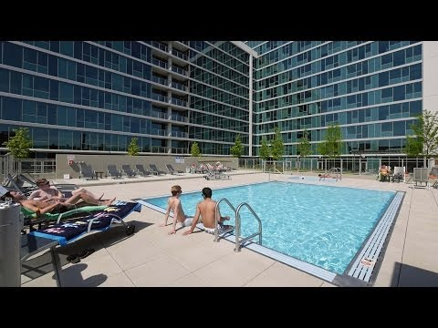 Check out the pool scene at Lakeview's Halsted Flats