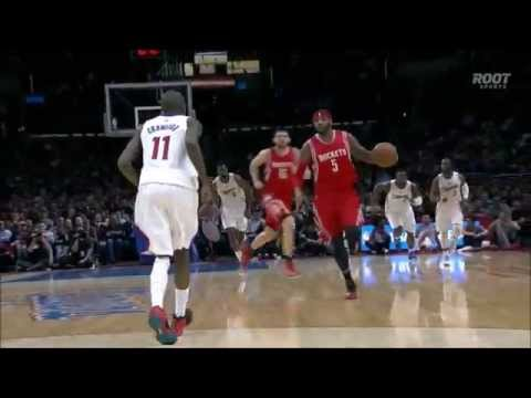 Josh Smith's lookaway pass on the fast break