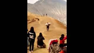 Nonton jilbab traveler full movie Film Subtitle Indonesia Streaming Movie Download