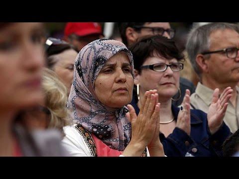 Σεντ-Ετιέν-ντυ-Ρουβρέ: Χριστιανοί και μουσουλμάνοι μαζί τιμούν τον Ζακ Αμέλ