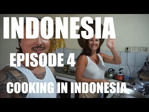 COOKING | Indonesia Episode 4 | Lawrence Park Vlog 10