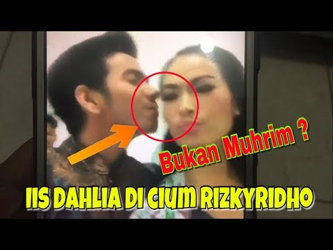 Download Video Iis Dahlia Di Cium Rizky Ridho, Bukan Muhrim ??