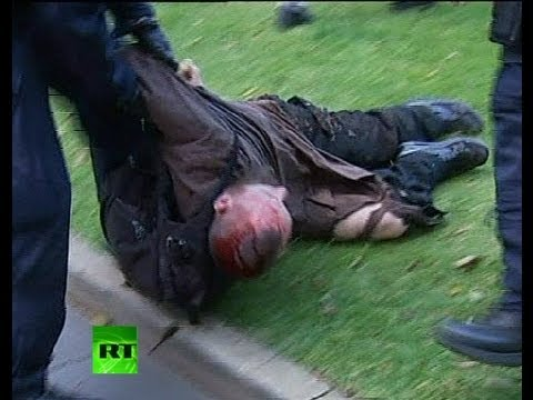Violent - WARNING: GRAPHIC FOOTAGE Riot police have clashed with about 200 protesters who rallied in downtown Sydney as part of global demonstrations against an anti-M...