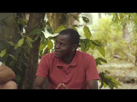 """Interview de """"Tsavoh"""", fils de """"Makapa"""" (Dernier Chef Traditionnel des Babongo) par Yann Guignon"""