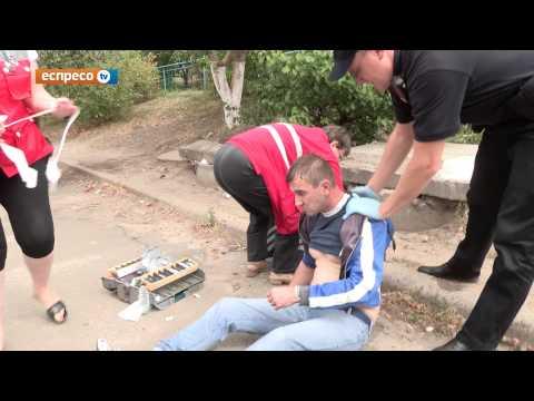 """Нетверезий гравець """"Шахтаря"""" погрожував київським поліцейським """"дзвінком Рінату"""" (ВІДЕО)"""