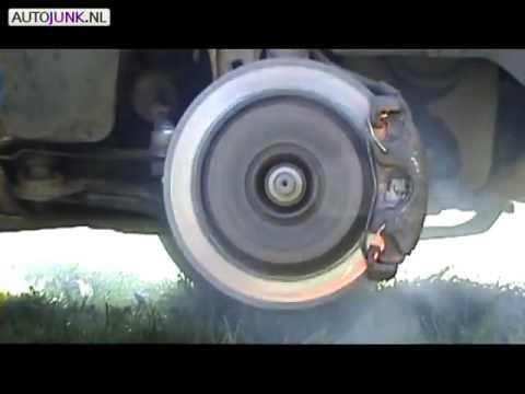 Đĩa phanh vỡ tan vì đạp nhả phanh liên tục - KiaTienGiang.Com - Ô tô Tiền Giang