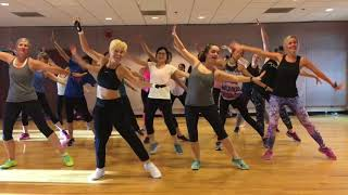 "Video ""YOU'RE THE ONE THAT I WANT"" GREASE - Dance Fitness Workout Valeo Club MP3, 3GP, MP4, WEBM, AVI, FLV November 2018"