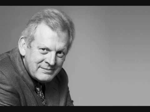 Vagabond - Sir Thomas Allen performs 'The Vagabond', the first of nine songs in Ralph Vaughan Williams' song cycle, 'Songs of Travel'. Sir Thomas Allen, baritone Simon ...