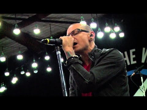 Rio Social - Linkin Park perform their song,