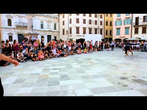 Udine - The Flying Tortillas visit Udine Italy! Part of our international festival tour, this was our last stop on the month long journey and they gave us a great ta...
