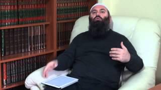 Si mund të falet një person i cili nuk din të lexon Kuran - Hoxhë Bekir Halimi