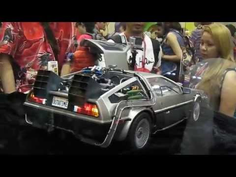 SAN DIEGO COMIC CON 2014 HOT TOYS 1/6 BACK TO THE FUTURE Marty McFly & Delorean
