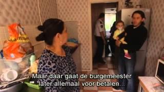 08-09-2013 Deze week wordt in Amsterdam een beruchte familie uit hun huis gehaald en in een container aan de rand van de stad gezet. Burgemeester van ...
