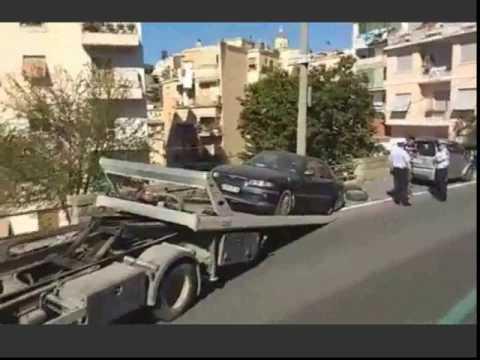 SANREMO : RIMOSSA AUTO TRASFORMATA IN ABITAZIONE