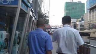 Platinum Shopping Mall Wholesale Prices Pratunam Market Opposite Road Bangkok Thailand.mkv
