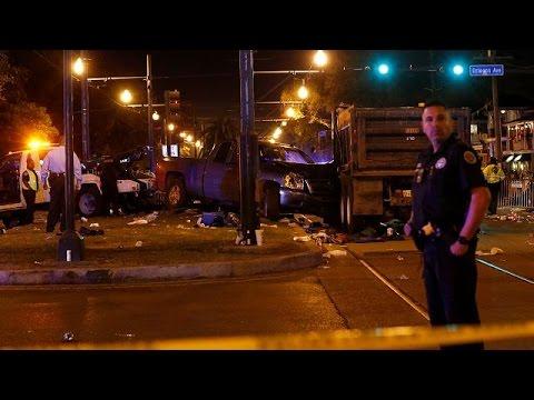 Νέα Ορλεάνη: Αυτοκίνητο έπεσε σε θεατές παρέλασης