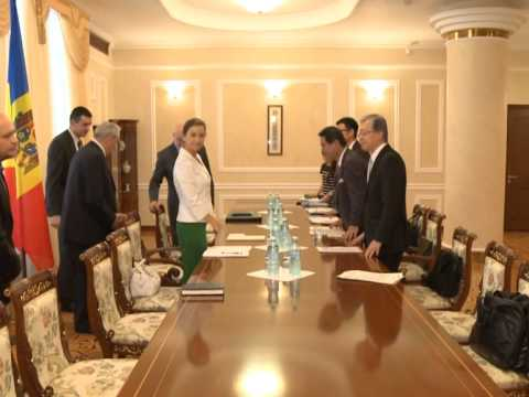 President Nicolae Timofti meets Japanese official