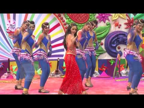 Shraddha Arya Holi Dance Performance | Life Ok Hol