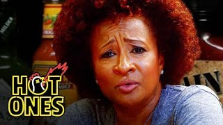 Video Wanda Sykes Confesses Everything While Eating Spicy Wings | Hot Ones MP3, 3GP, MP4, WEBM, AVI, FLV Juli 2018