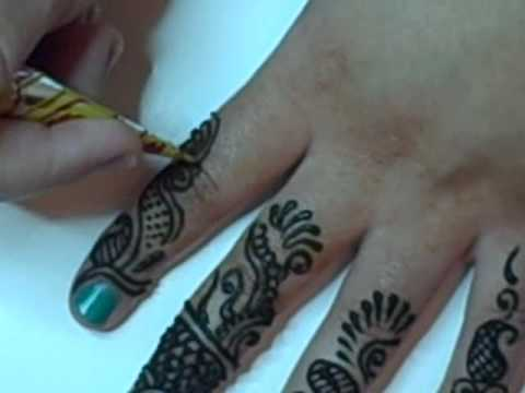 Arabic Henna Design with Mica Glitter