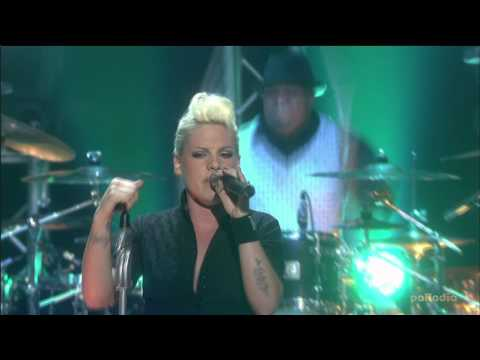 P!nk  Leave Me Alone (I'm Lonely) - Best of London Live [HQ]