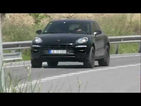 Porsche Macan Spied Testing [Video]